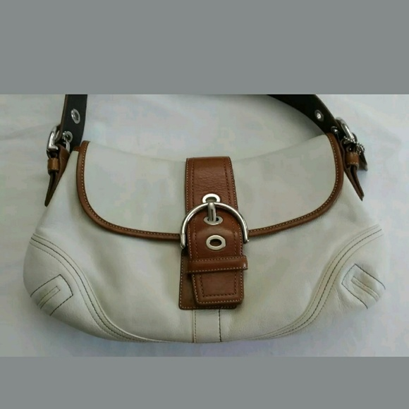 Coach Handbags - COACH Hampton Hand Bag Purse